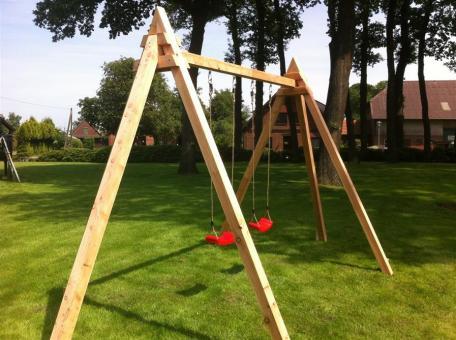Holzschaukel Version 1  H = 2,94m, aus 10cm x 10cm Balken Holzschaukel Version 1 10/10cm Holzschaukel Version 1 10/10cm