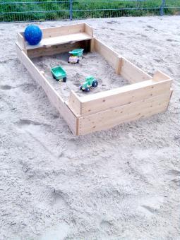 Sandkasten 200 x 125 cm  Sandkasten aus nordischer Fichte Qualität von Baßner Holzbau !