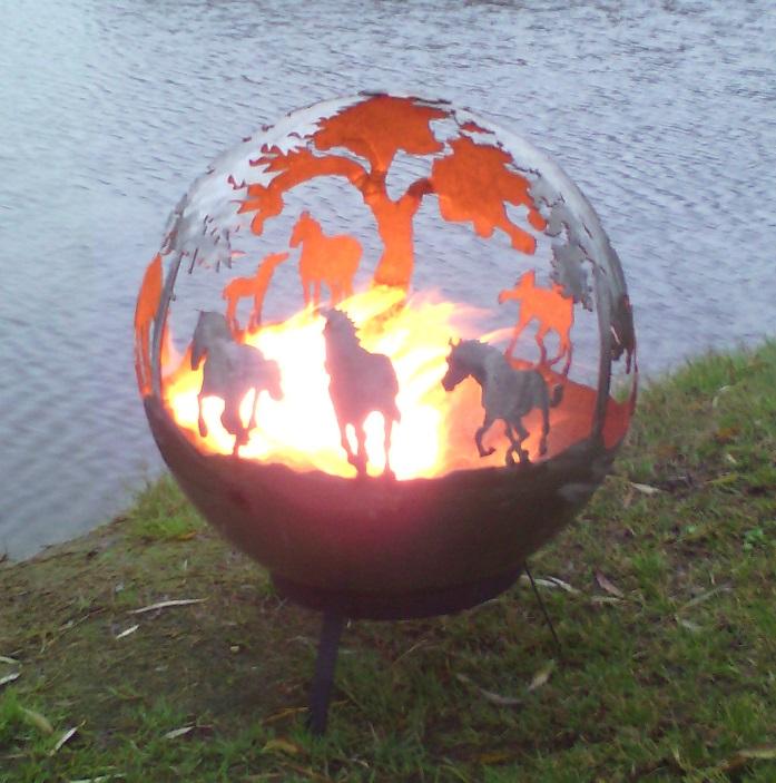 feuerkugel pferde feuerball feuerkorb klein 40cm ohne bei. Black Bedroom Furniture Sets. Home Design Ideas